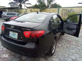 Clean Elantra 2009 Registered