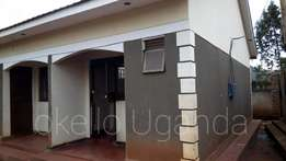 Namugongo self contained double for rent at 250k