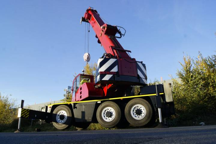 Mercedes-Benz Ac40 -1 // Terex Demag City Kran - 1999