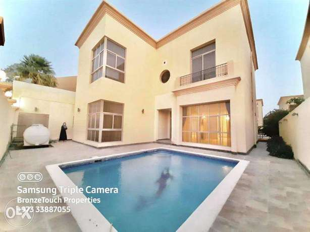 5 Bedrooms Villa with Private Pool in Hamala exclusive