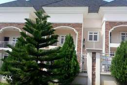 Serviced and furnished 4 bedroom terrace duplexe at maitama fct