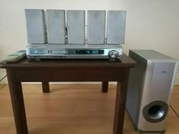 Sanyo Home Theatre System in great condition!!