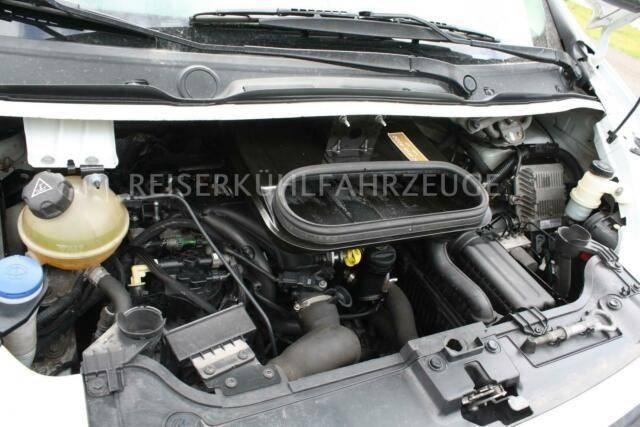 Fiat Scudo 2.0 HDI Relec Froid TR21 - 2010 - image 11