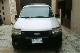 Ford excape 2005 model