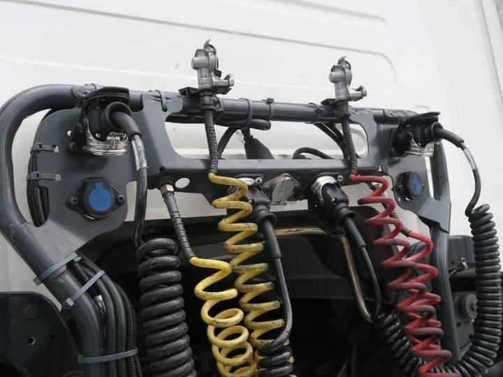 Scania R450 LA6X2/4MNB   SCR-only   Full Air   PTO   Hydraulic  ... - 2017 - image 11