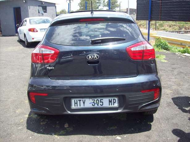 Kia Rio 1.5 2016 Model,5 Doors factory A/C And C/D Player Johannesburg CBD - image 2