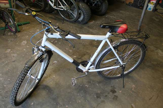 For Sale Three Bikes for only R2500 Negotiable for BothFor more inform Messina - image 1