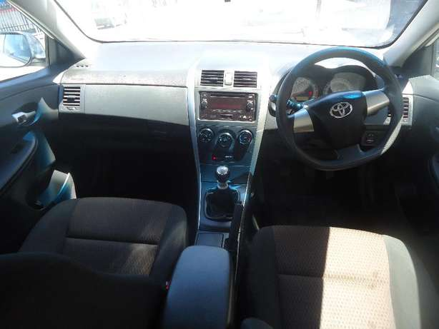 2015 Toyota Corolla Quest 1.6 Available for Sale Johannesburg - image 6