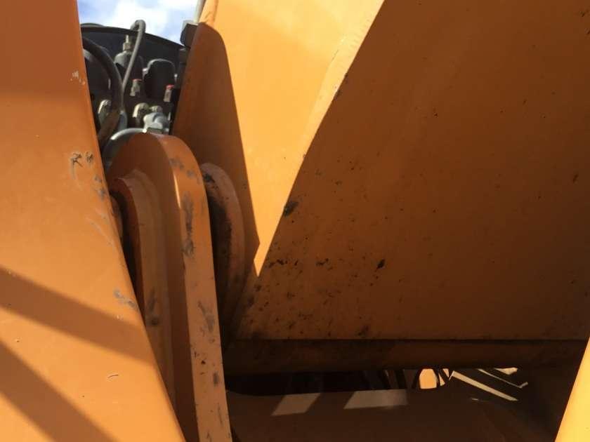 Case WX165 - 2011 - image 34