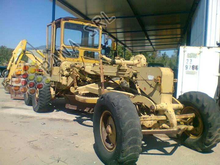 Caterpillar F 12 - 1970