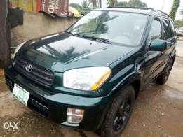 2003 Sharp Rav4 ,in Toks Grade