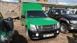 Very clean Isuzu D-max 2010 model.