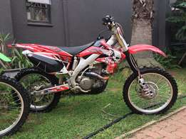 Honda CR450x Great Condition with 2 bike trailer