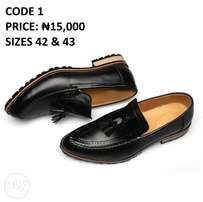 Solid leather shoe size 42