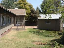 4 bedroom 2 bathroom property for rent in randburg ( fontainebleau )