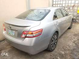 Thumbstrt Toyota Camry XLE