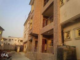 Newly built tastefully finished and serviced 3 bedroom flats at wuse 2