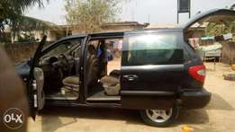 clean just like Tokunbo Voyager SE 2004 at give away price