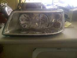 vw caravelle headlamps available