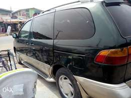 Registered Toyota Sienna 2005 for sale
