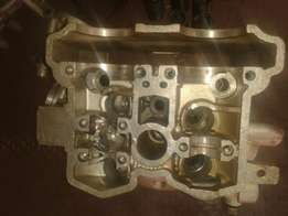 Yamaha YZF450 head with scratches R600