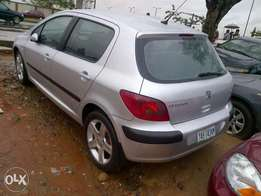 Xcellent and Sparkling 6 month used Peugeot 307