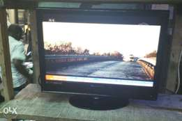 """Alba 15"""" LCD tv with inbuilt DVD working perfect and remote control"""