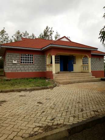 Very spacious four bedrooms for sale Ongata Rongai - image 1