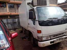 Toyota daina Kba manual 5l engine diesel asking 760k
