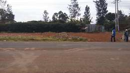 1/2 acre plot Southern Bypass on tarmac 80M