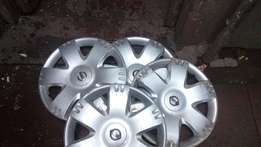 Set Nissan NP 200 wheel covers for sell