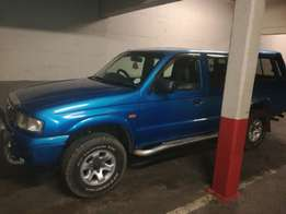 Hi my brother iS selling his mazda drifter 4x4 blue in colour