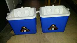 FOR SALE : Cooler Box