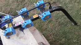 Bike carrier for tow bar
