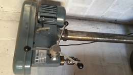 Press drilling machine WD Hearn for sale