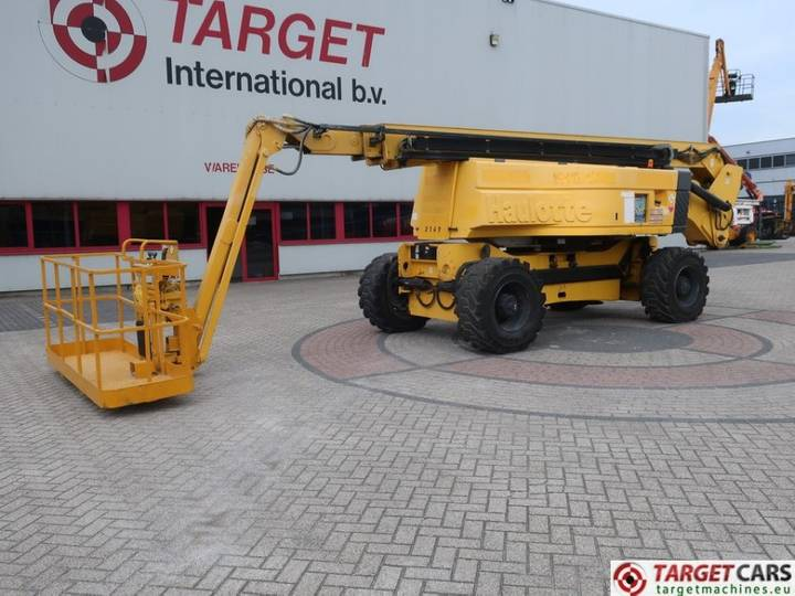 Haulotte HA32PX Articulated 4x4x4 Diesel Boom Lift 3200cm - 2004