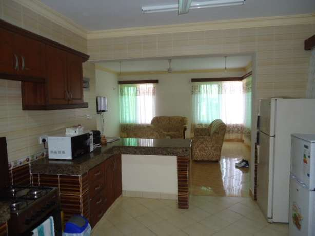 Beautifully furnished three bedroom apartment for shortlets Nyali - image 1