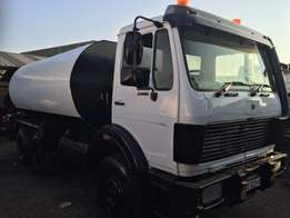 Mercedes Benz 26-28 V-Series 18000l Water Truck