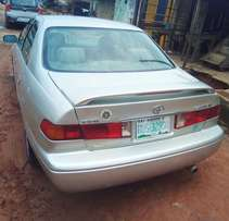 Neatly used first body 2001/02 Toyota Camry in excellent condition