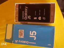 New samsung galaxy j5 for sale for a very low price 2017