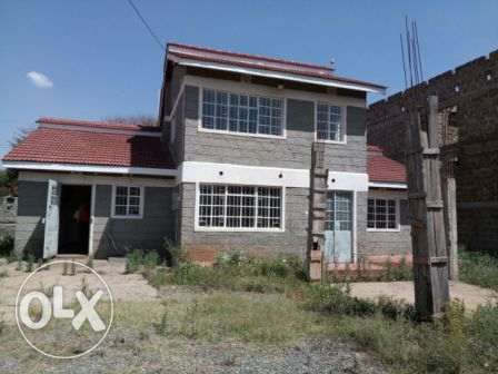 Old Colonial 5 Bedroom House in ngong Ngong - image 1