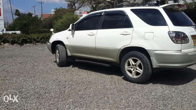 Toyota Harrier In perfect condition Lavington - image 3