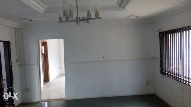 1Bedroom Apartment to Let at Parker Axis Oba-Ile Road Akure North - image 3