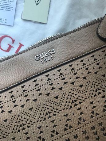 Sprzedam oryginalna torebkę guess