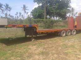 Lowloader for sale tyre size 8.25