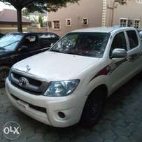 Hilux 2010 Clean Engine .foreign used