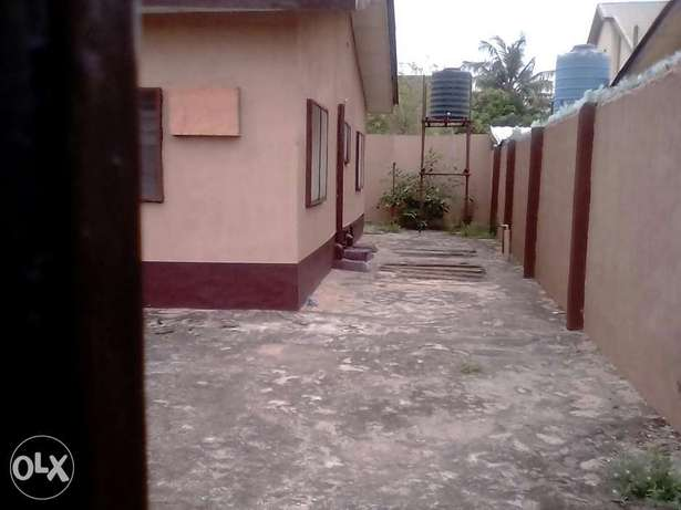 A lovely 3bedrm flat in a very Reserved Estate N22mill negotiable Ifako Agege - image 2