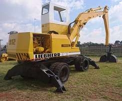 Liebherr 912 Wheeled Excavator with Grab