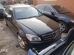 Tokunbo Mercedes Benz C350 Panoramic roof