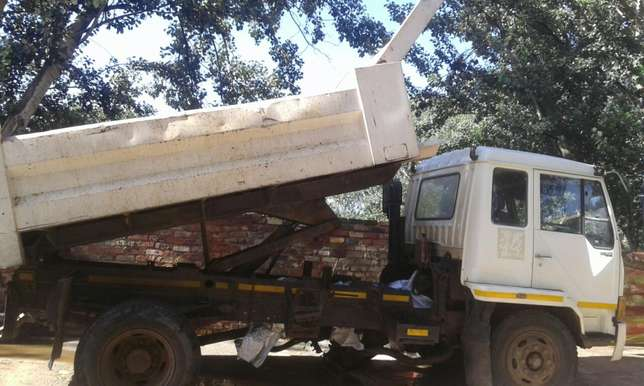 Mike's tipper truck's Armadale - image 3